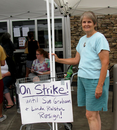 On strike at ONF, June 11, 2012.